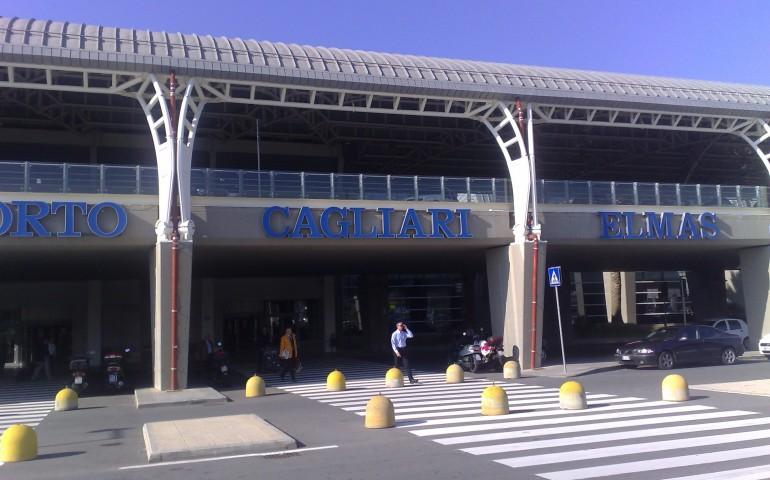 (VIDEO) Ecco com'è un atterraggio a Cagliari visto dalla cabina di pilotaggio
