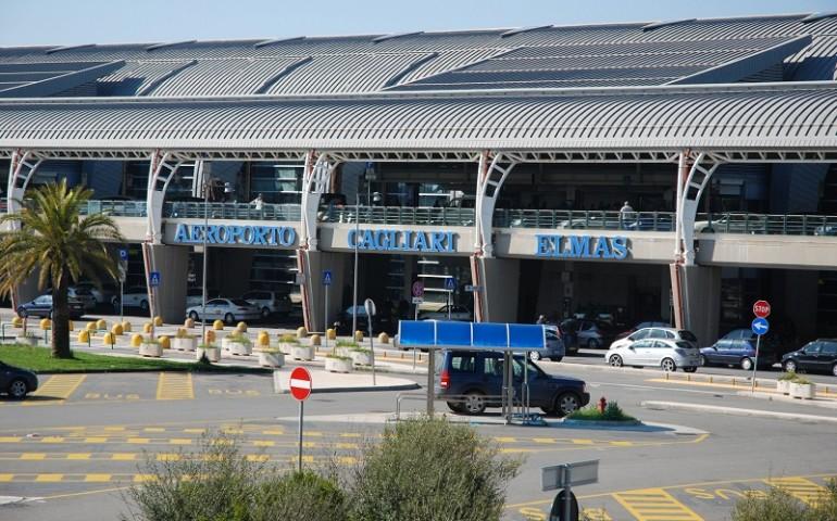 Maltempo, ritardi e diversi voli aerei cancellati a Elmas