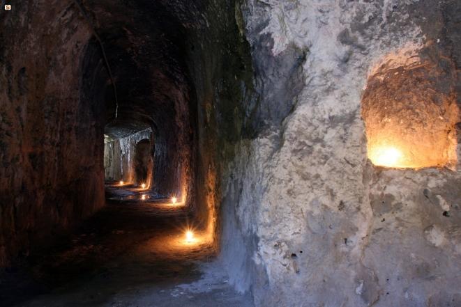 """Leggende cagliaritane. L'""""ingurtidroju"""" dell'Anfiteatro romano, opera di Belzebù"""