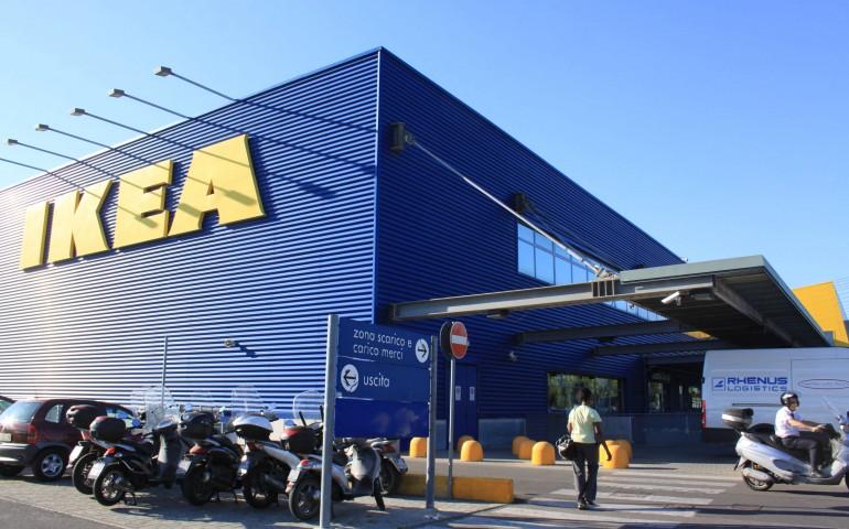 Ikea a Cagliari: si parte con un punto di ritiro degli acquisti online.