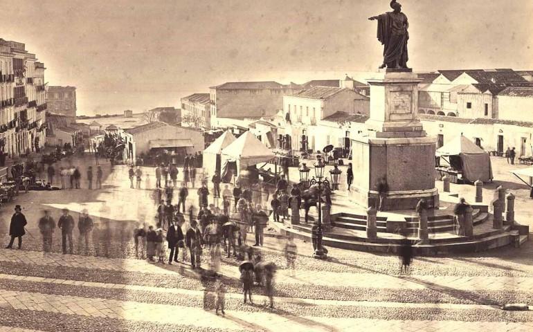 Accadde Oggi. Il 4 aprile 1860 a Cagliari viene posizionata la statua di Carlo Felice