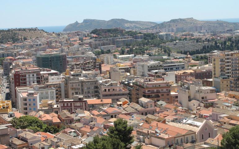 Cagliari, quanti abitanti hai? Sono giovani o anziani ...