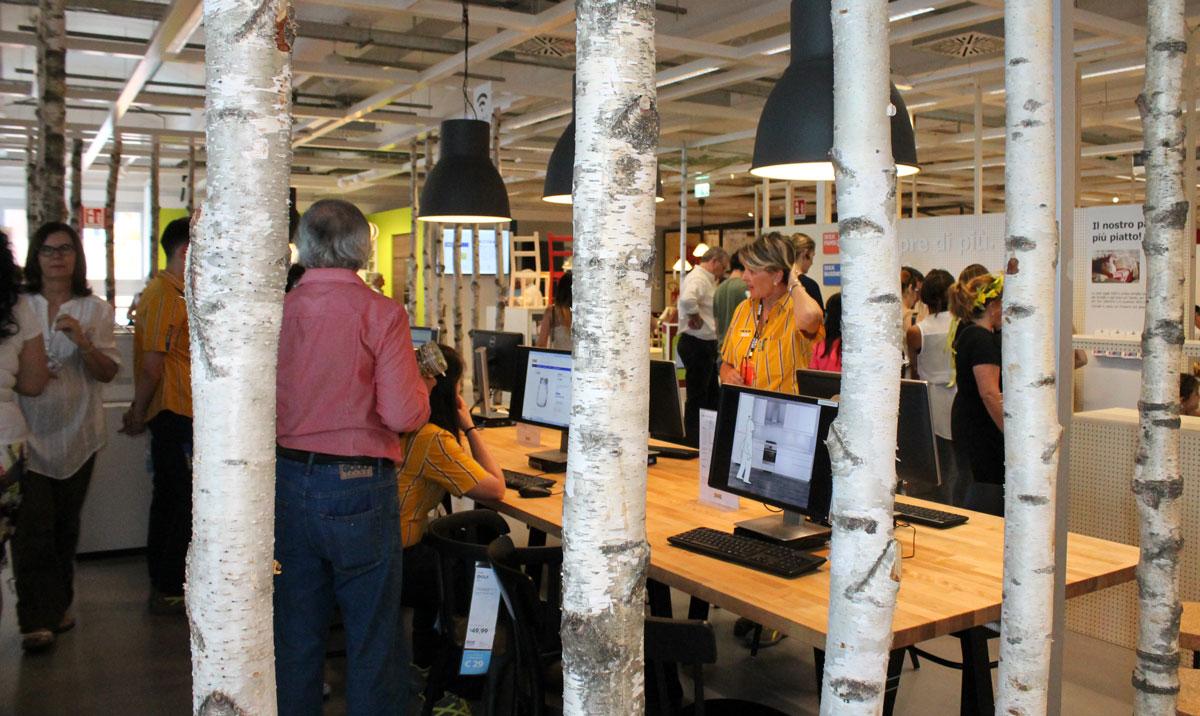 Gallery in 4500 all 39 inaugurazione dell 39 ikea sfiorati i for 4500 piedi quadrati a casa