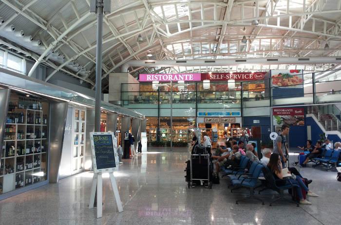 Aeroporto Verona Arrivi : Disagi anche all aeroporto di elmas cancellati alcuni
