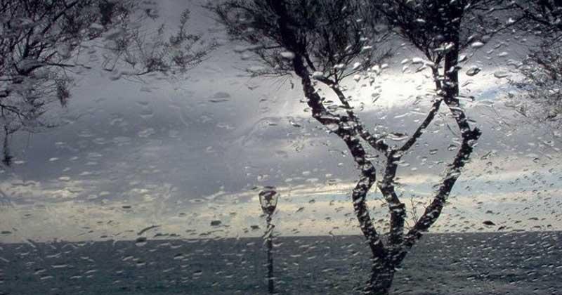 Cagliari, c'è l'allerta meteo ma scuole, parchi e cimiteri restano aperti