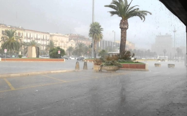 Domenica di maltempo in Sardegna: forti temporali e venti di burrasca