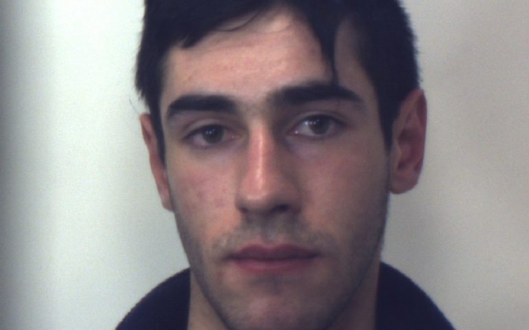 Paolo Pinna, il 19enne di Nule, fuggito dal carcere minorile di Quartucciu e arrestato dopo poche ore, aveva anche pensato di farla finita