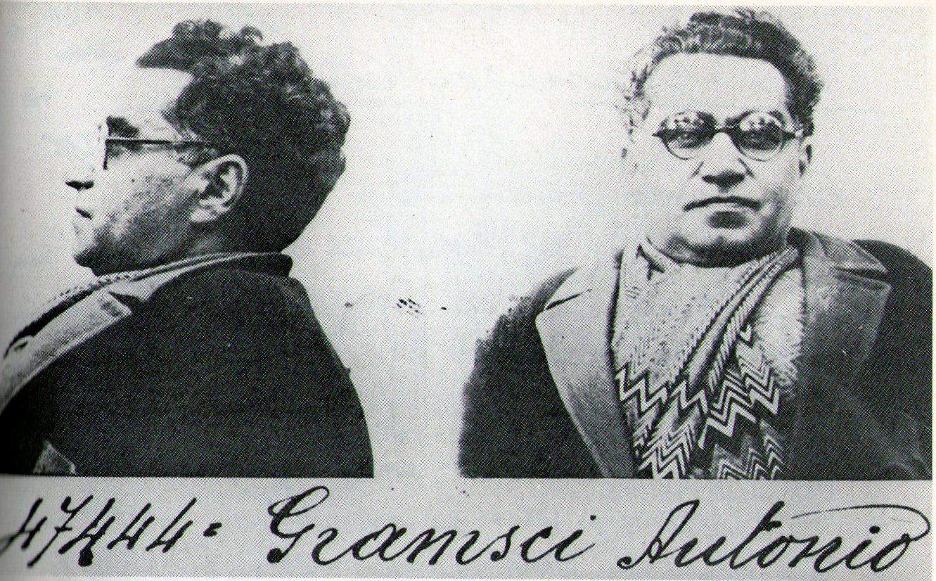 Foto segnaletica di Gramsci in carcere