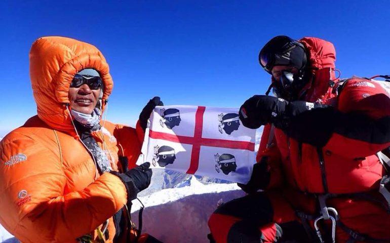 La Sardegna nel cuore e sull'Everest, a tu per tu con l'alpinista sardo Angelo Lobina