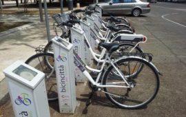 """La Sardegna pedala e usa i mezzi """"sharing"""": nell'isola sempre più bici e mezzi di trasporto condivisi"""