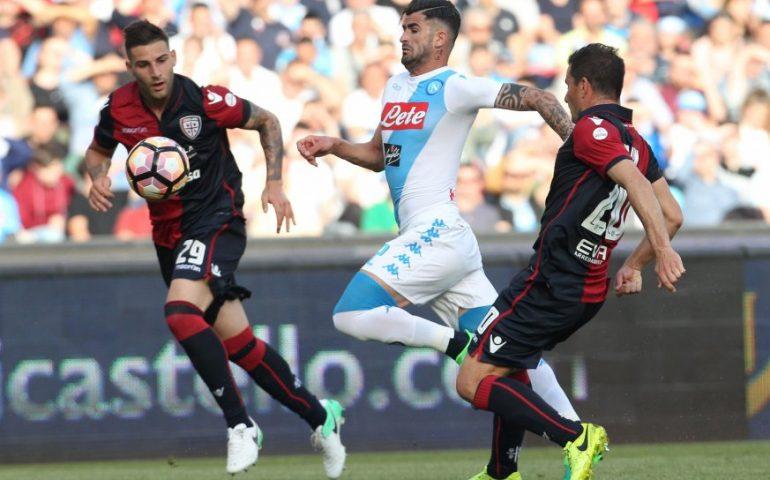 Il Napoli strappa applausi, a Sarri non basta:
