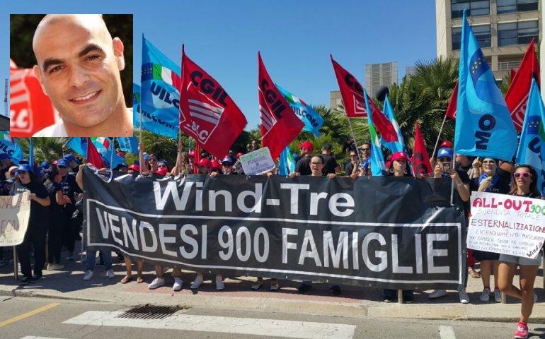 Wind Tre, sciopero e corteo verso la Prefettura