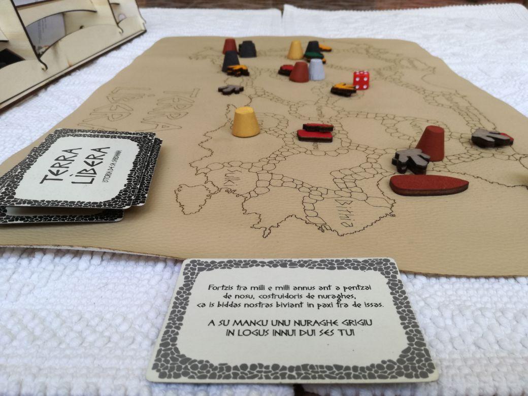 Terra l bera il gioco da tavolo che racconta la storia della sardegna pi di un risiko in - Gioco da tavolo caduta libera ...
