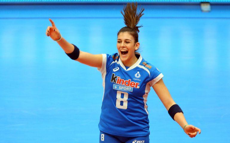 Europei di pallavolo con l'oristanese Alessia Orro: terza
