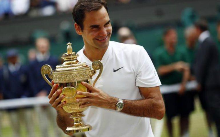 Roger Federer immenso. Lo svizzero va oltre la leggenda, ottavo successo sull'erba di Wimbledon