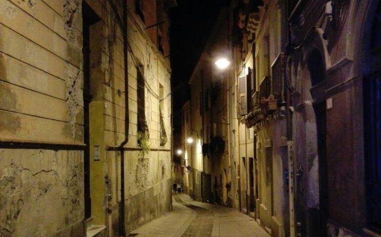 Senza mezzi pubblici né parcheggi e con gli ascensori fermi: Castello, il cuore di Cagliari, denuncia lo stato di abbandono