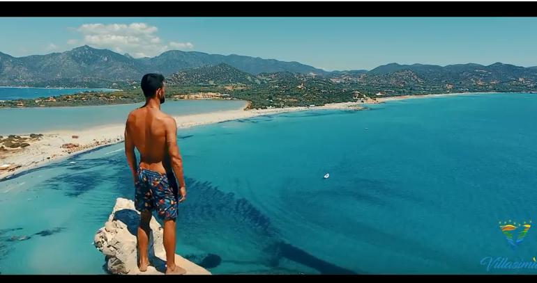 Francisco Porcella nel nuovo spot per Villasimius: il super campione mostra le bellezze della sua Isola (VIDEO)