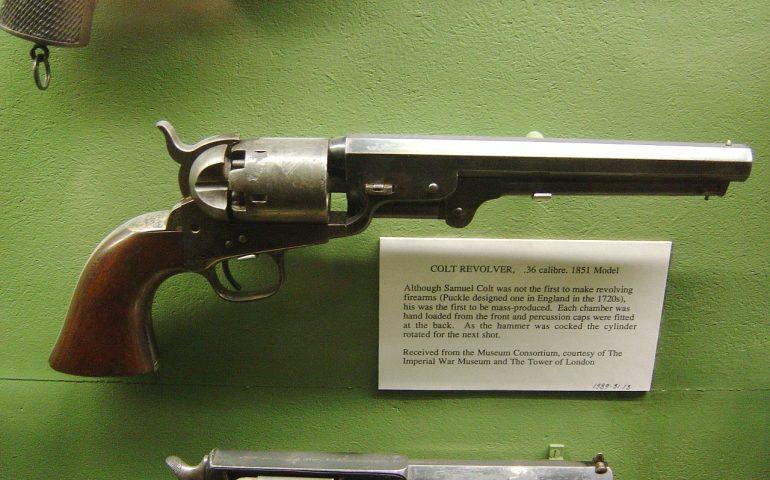 Lo sapevate? La pistola a tamburo fu inventata in Sardegna tre anni prima di Samuel Colt