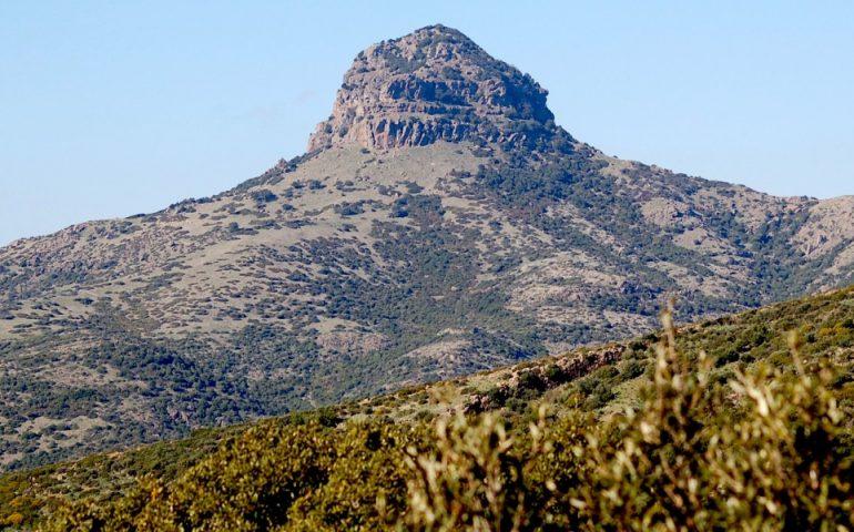 Lo sapevate? Sopra monte Arcuentu ci sono le rovine di un castello medievale
