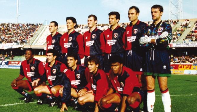 Accadde oggi: 16 settembre 1993, a Bucarest comincia con una sconfitta per 3-2 la splendida cavalcata del Cagliari in Coppa Uefa