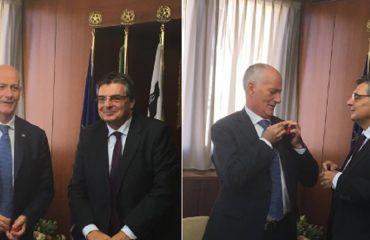 Il Capo della Polizia Gabrielli con il presidente del Consiglio regionale Ganau - Foto Consiglio regionale della Sardegna (Twitter)