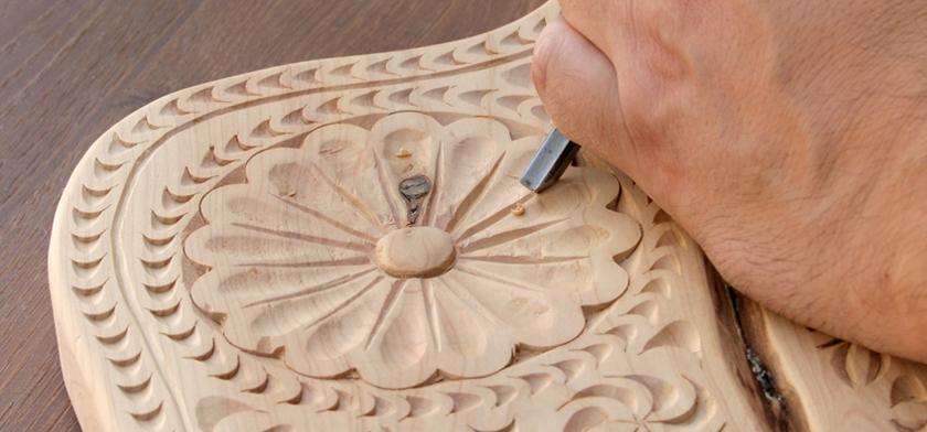 Orani, intarsio del legno