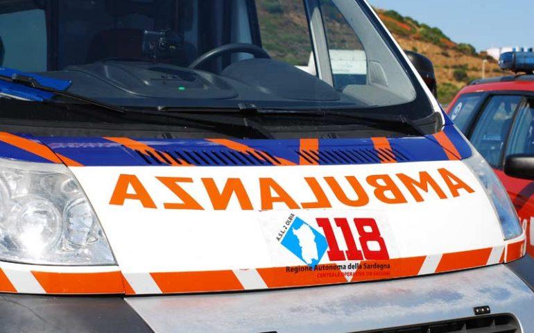 Tragedia in viale Monastir: 74enne colpito da un malore muore alla guida della sua auto