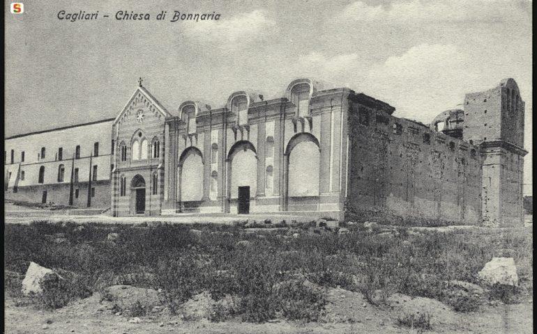 La Cagliari che non c'è più: una rara immagine della basilica di Bonaria in costruzione