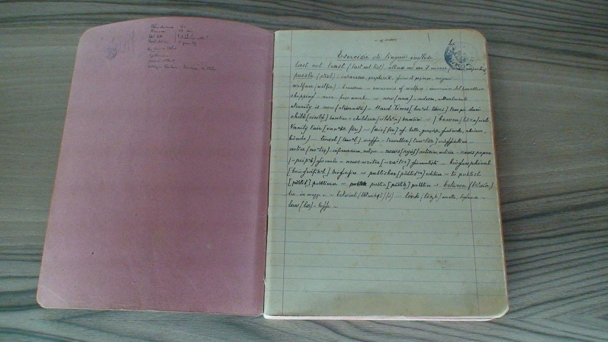 """La mostra """"Antonio Gramsci, i quaderni e i libri dal carcere"""" arriva a Cagliari. In esposizione i libri e i manoscritti originali del grande pensatore sardo"""