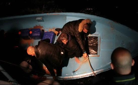 62 clandestini sono sbarcati alle 23.00 a Porto Pino