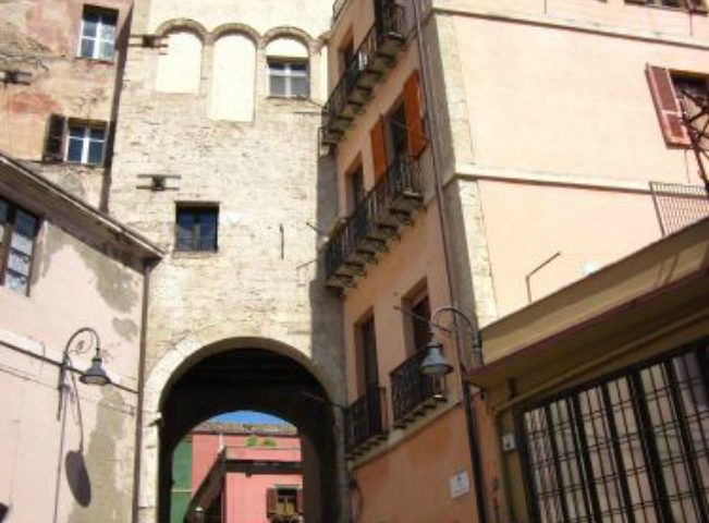 Lo sapevate? Quale è e dove si trova la torre pisana più antica di Cagliari?