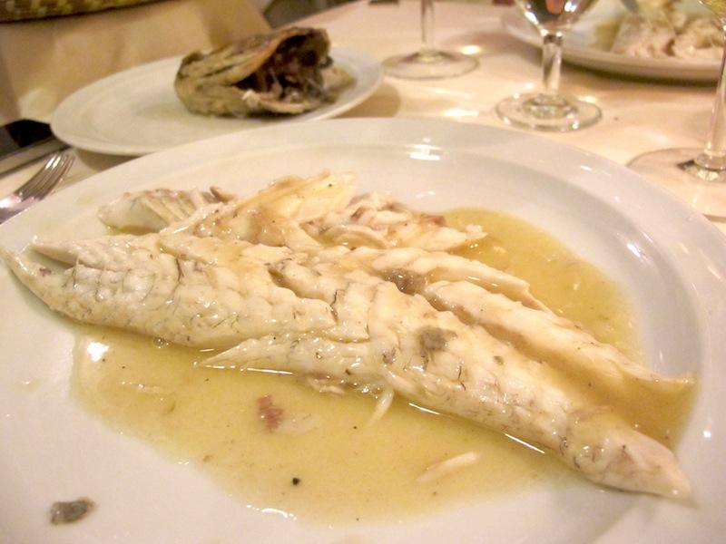 La ricetta spigola alla vernaccia un piatto semplice e molto amato della cucina cagliaritana e - Piatto della cucina povera ...