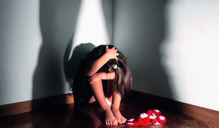Stuprava la figlia e la prestava agli amici: non andrà in carcere