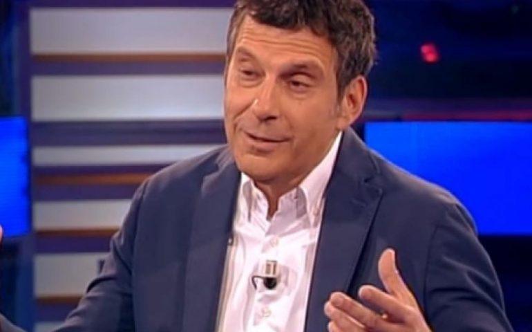 Malore Fabrizio Frizzi, gravi le condizioni del conduttore de L'Eredità? Puntata cancellata