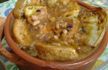 La ricetta Vistanet di oggi: minestrone cun is gerdas, un classico autunnale in Sardegna