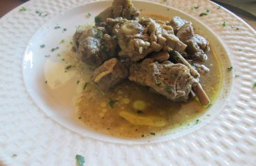 La ricetta Vistanet di oggi. Capretto al finocchietto, un piatto tipico della tradizione sarda