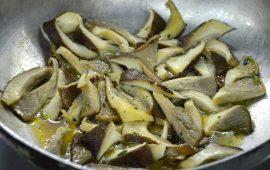 La ricetta Vistanet di oggi: cordolin'e pezza (funghi di carne) trifolati e saltati in padella
