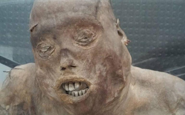 Leggende sarde. Il caso della misteriosa mummia di Stampace: uccisa dal marito o da un errore medico?