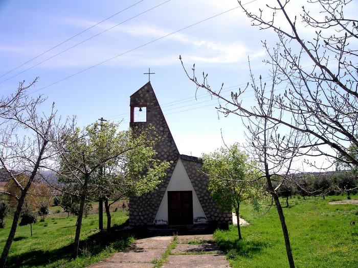 Atzara, chiesetta Santa Maria de Josso - Fonte Wikimapia.org