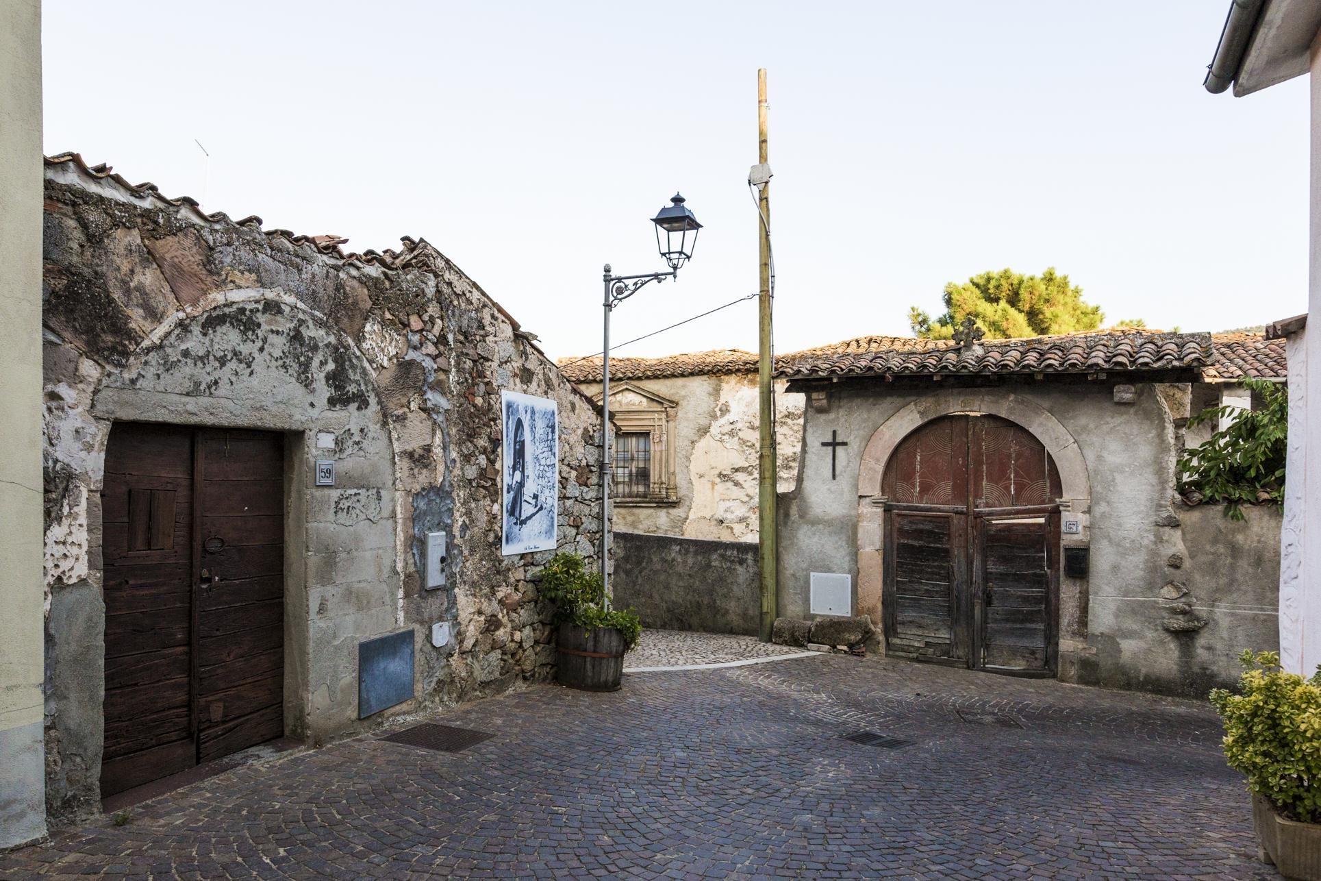 Atzara, scorcio del centro storico - Fonte www.sardegnaturismo.it