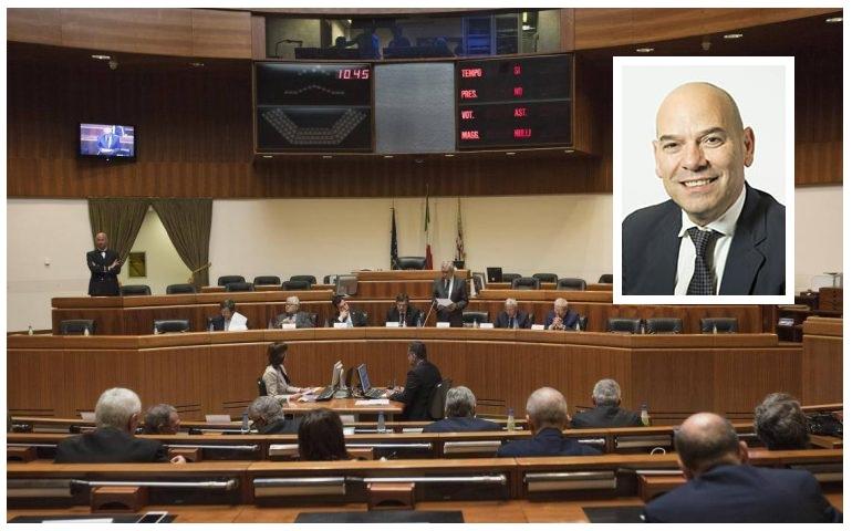 Arrestato nell'aprile 2016 per presunte tangenti: Antonello Peru eletto oggi vice presidente del Consiglio regionale