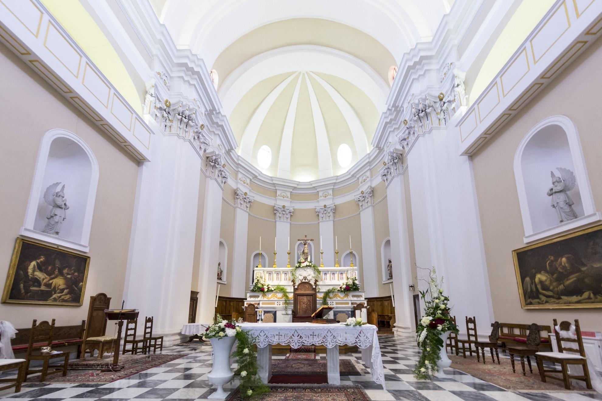 Nuoro, interno cattedrale Santa Maria della Neve - Fonte www.sardegnaturismo.it