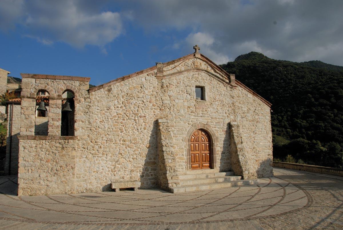Olzai, chiesa di Santa Barbara - Fonte www.cuoredellasardegna.it
