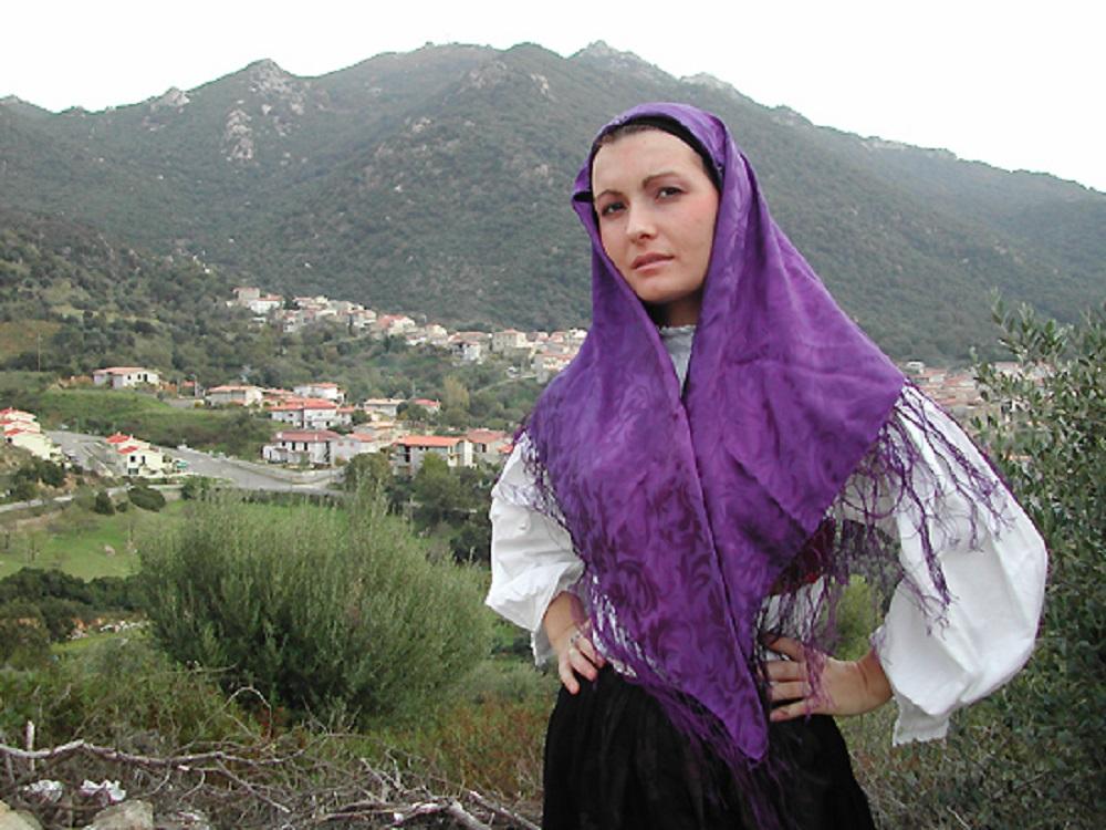 Olzai, costume tradizionale - Fonte Comune di Olzai