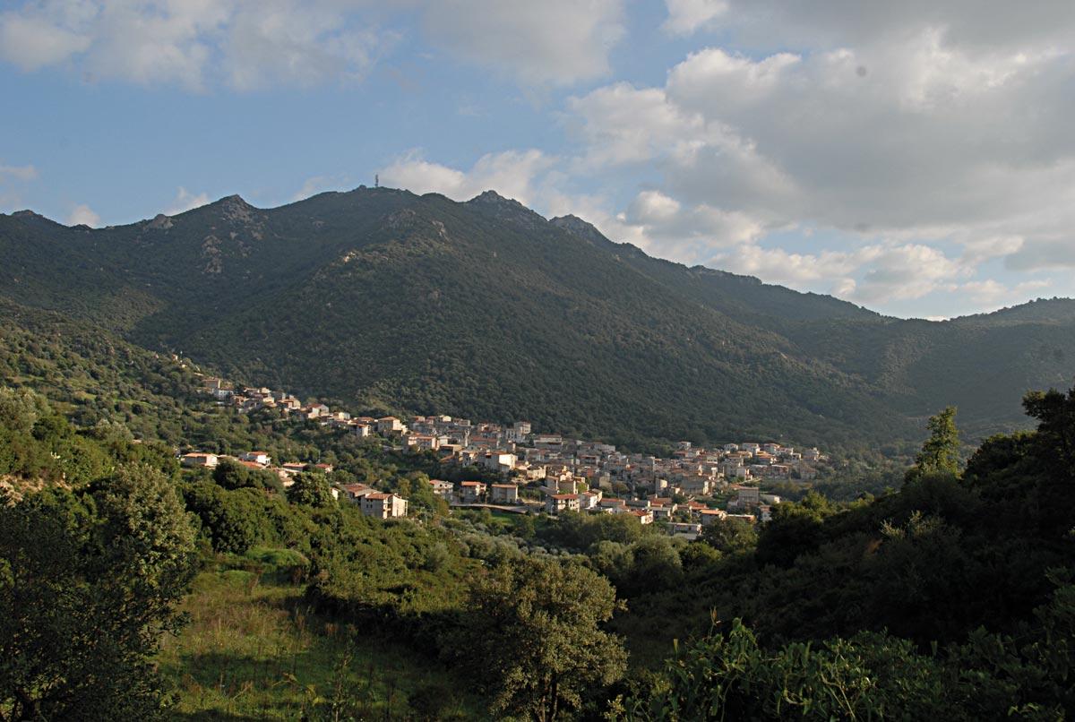 Olzai, veduta paese - Fonte www.cuoredellasardegna.it