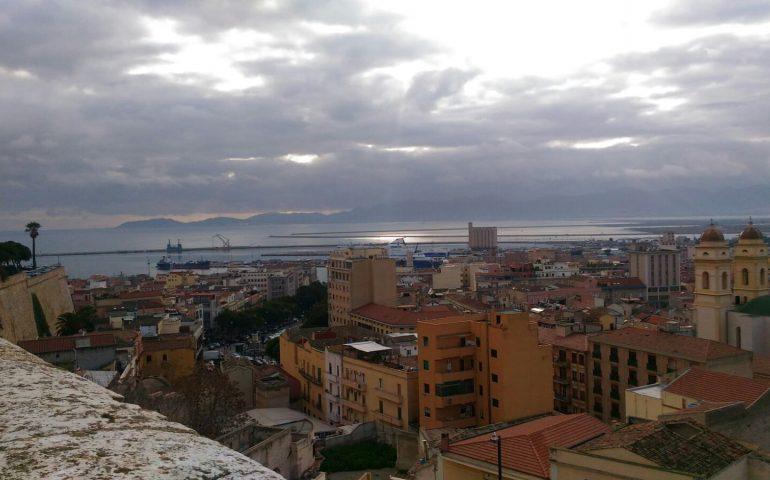 Meteo Napoli, arrivano i temporali e calano le temperature