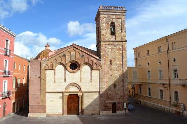 Lo sapevate? Esiste solo una cattedrale al Mondo dedicata a Santa Chiara e si trova a Iglesias