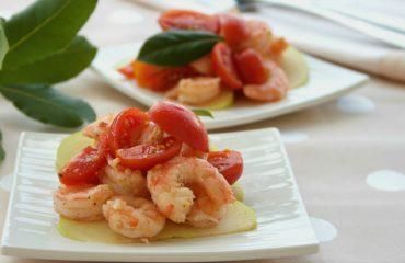 La ricetta di oggi: insalata di gamberi e pomodorini, un antipasto semplice e gustoso