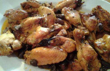 La ricetta Vistanet di oggi: pollo alla sarda con olive e capperi