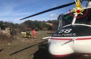 Perde il controllo della moto e vola giù da un viadotto, 35enne trasportato in elicottero all'ospedale di Sassari